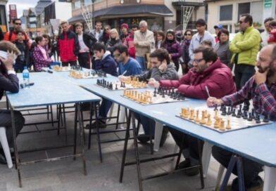Gran Maestro de Ajedrez en Salta en Simultanea a Ciegas